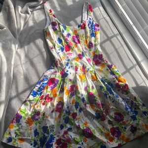 Like New Floral American Living Dress